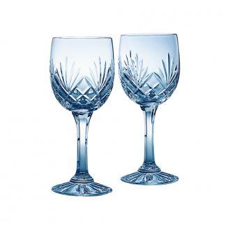 PAIR OF LEAD CRYSTAL WINE GOBLETS WITH MEDALLION PATTERN