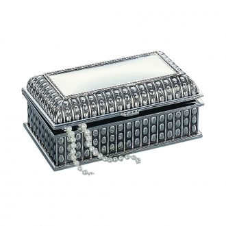SILVERPLATED RECTANGULAR BOX WITH BEADED ANTIQUE DESIGN, 4