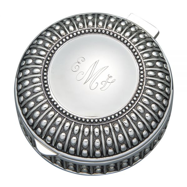 SILVERPLATED ROUND BOX WITH BEADED ANTIQUE DESIGN, 3